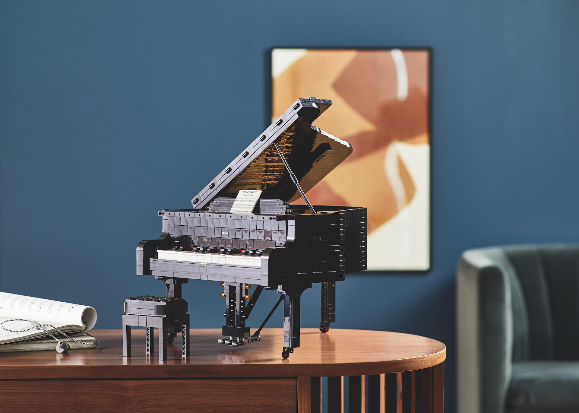 インテリアとしても楽しい大人のレゴ。ポップカルチャーアート作品や音を奏でるグランドピアノも!
