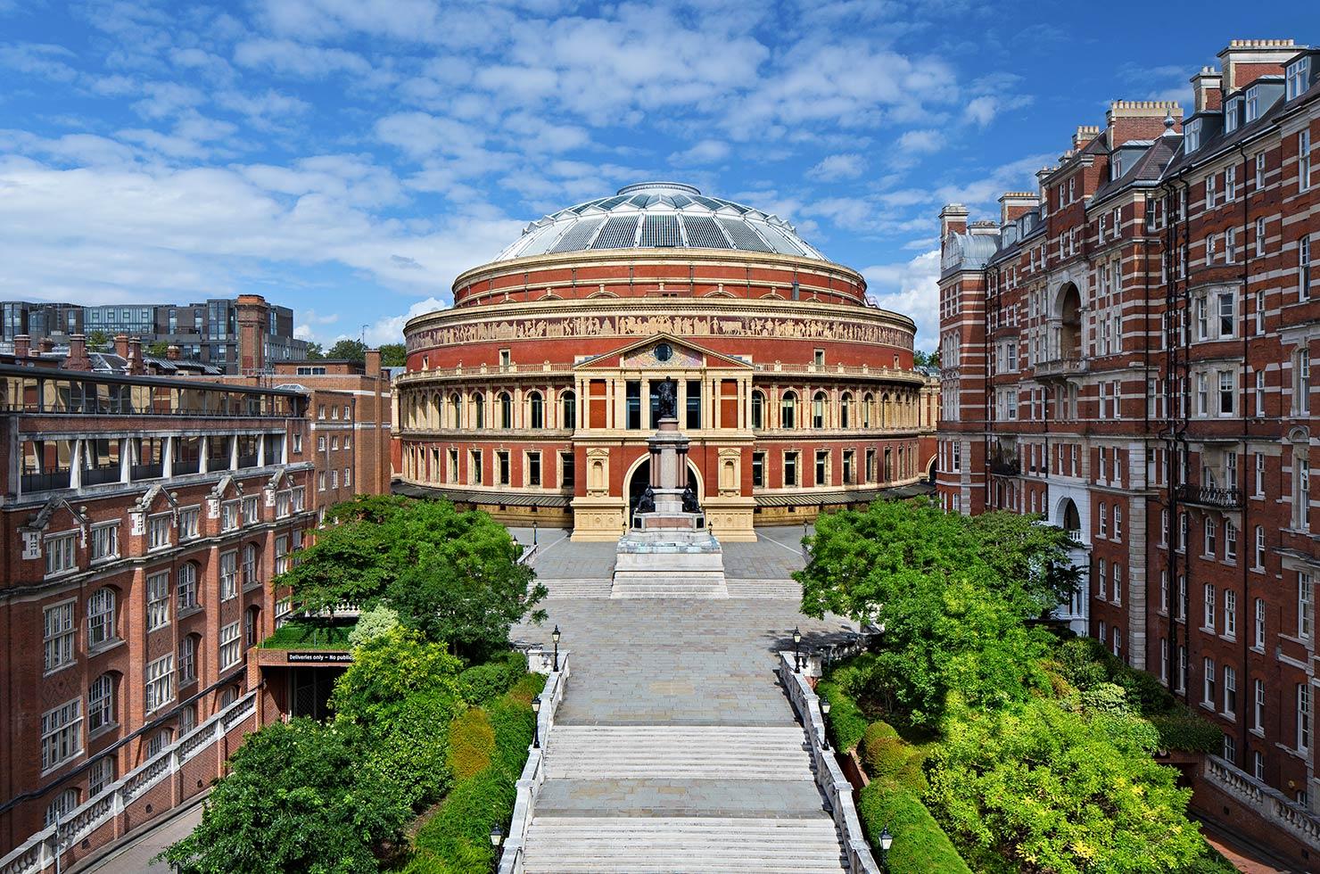 Royal Albert Hallの正面