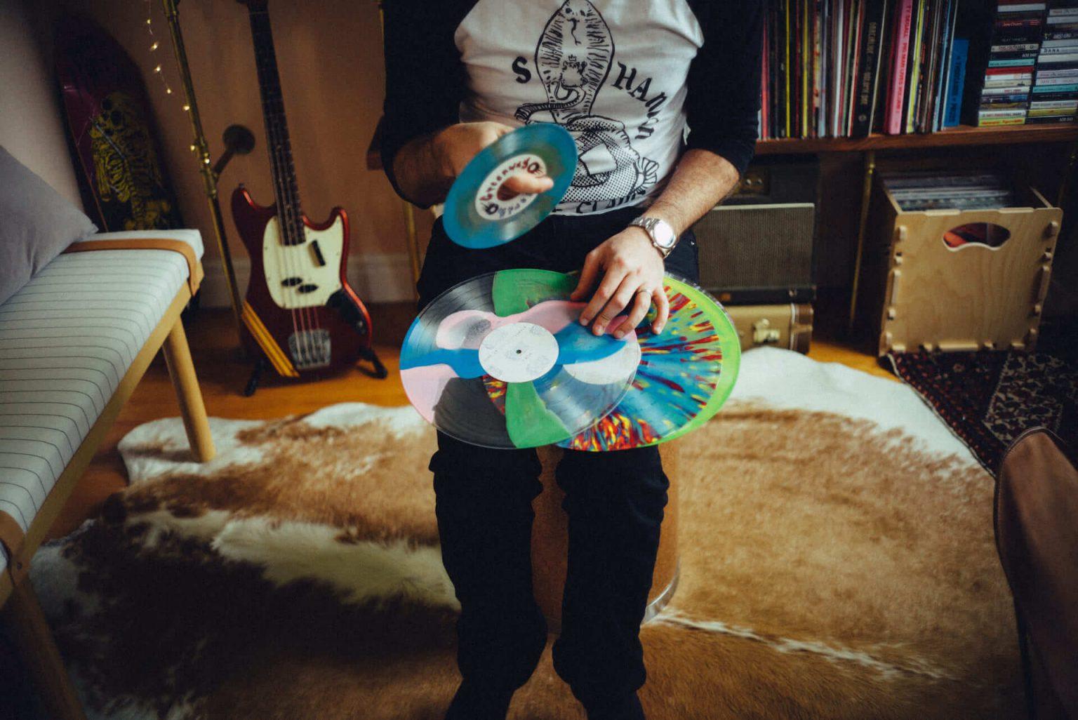 "3_320_AT_Greenwayrecords-1440x962 アナログレコード専門レーベル「Greenway Records」オーナーの""打ち合わせ場所、アイデアの棚、息抜きドーナツ屋、最近のベニュー"""