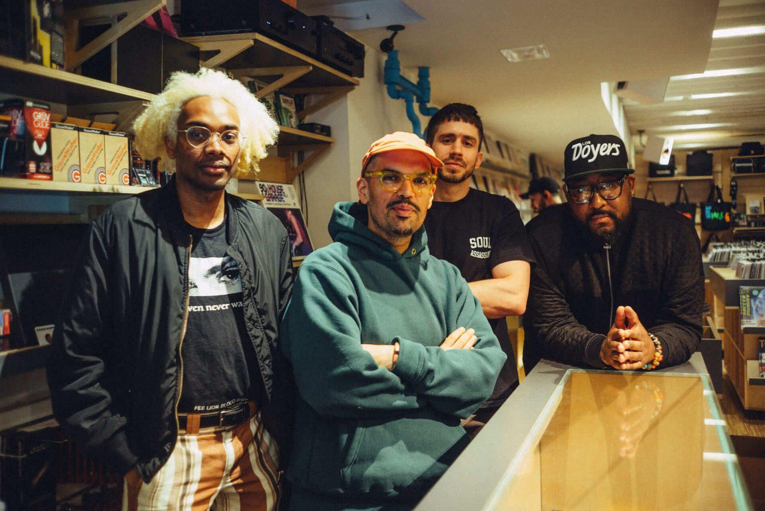 14_5220_AT_TTL-1440x962 1999年、NYC・大学寮の一室で始まったレコードショップの現在。すべてのDJに開かれた店「Turntable Lab」