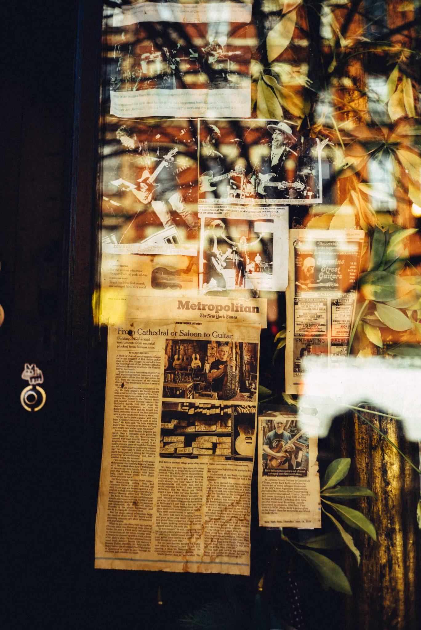 19_1520_AT_CarmineStreetGuitars-1440x2156 歴史が染みついた建築物でギターを作る「Carmine Street Guitars」ギター職人の工房と、シティの限られた行き先